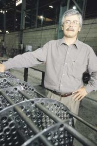 Química e Derivados: Trocadores de Calor: Meneses - produto nacional sofre com o preço dos tubos de aço.