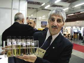 Química e Derivados: Tecnologia: Gutmann - processo semelhante ao do café solúvel.