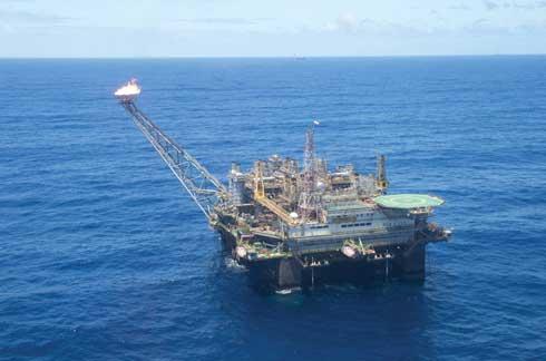 Química e Derivados: Petrobras: Plataforma P-26 opera na Bacia de Campos.
