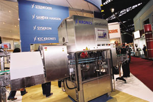 Química e Derivados: Fispal: Linatronic K735 - mais compacta,econômica e precisa. ©QD Foto - Cuca Jorge