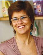 Química e Derivados, Maria Eugenia Proença Saldanha,  diretora-executiva da Associação Brasileira das Indústrias de Produtos de Limpeza e Afins(Abipla), Perspectivas 2010: Limpeza - Faturamento cresce com a redução da informalidade e mudança na demanda