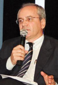 Química e Derivados, Adelar Fochezatto, presidente da Fundação de Economia e Estatística, Atualidades: Petróleo - Indústria gaúcha quer vender para a Petrobras