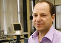 Química e Derivados, Luiz Carlos Pestana, Químico da área de tintas, construção e adesivos da Clariant S.A, Tintas - Acrílicos caros e escassos estimulam a criatividade química dos resineiros