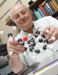 Química e Derivados, Hans Viertler, Instituto de Química da USP (IQ-USP)