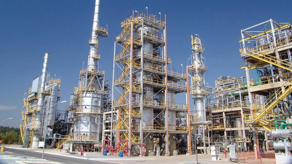 Química e Derivados, A Regap, em Betim-MG, reúsa efluentes como água de reposição de torre