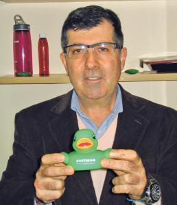 Química e Derivados, Pedro Fortes: patinho simboliza a nova imagem da Eastman
