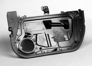Química e Derivados, Estrutura de porta automotiva de LFRT reduz peso do veículo