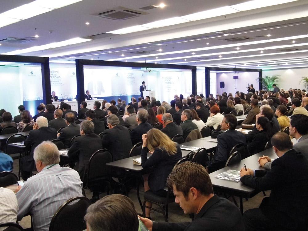 Química e Derivados, Cerimônia de abertura teve assinatura do Pacto Global ©QD Foto: Divulgação