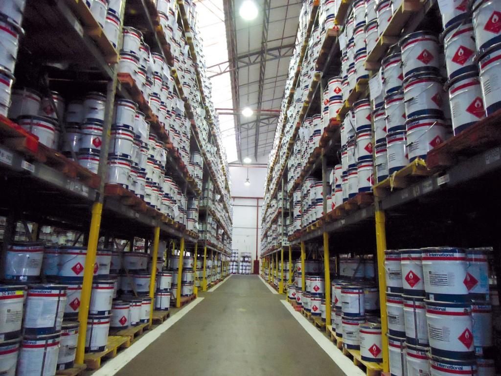 Química e Derivados, Estoque de tintas marítimas e industriais garante entrega rápida